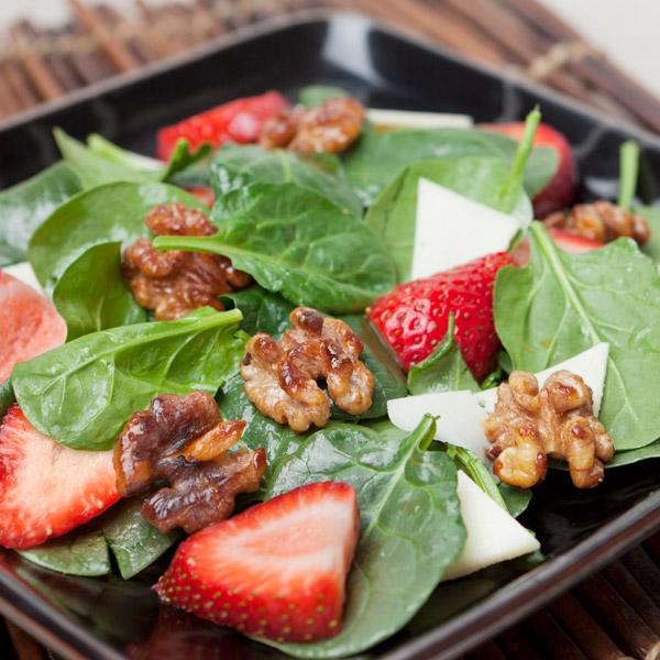 spinach, strawberry and walnut salad with parmesan